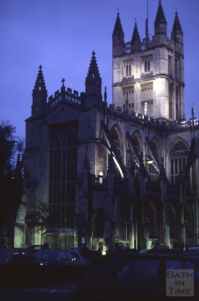 Bath Abbey at dusk, Apr 1981