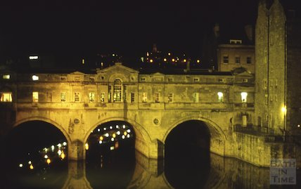 Pulteney Bridge floodlit, March 1985