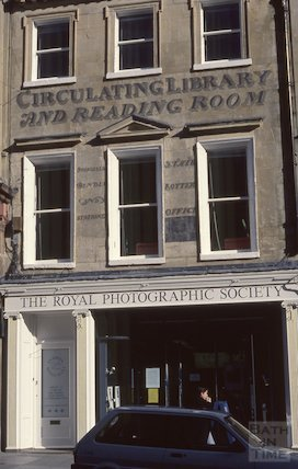 Circulating Library wall painted advertisement, Milsom Street, 1990