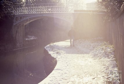Snow scene on the Kennet and Avon Canal, Sydney Gardens, Bath 1991