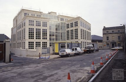 Inland Revenue Office, Railway Place, 1991