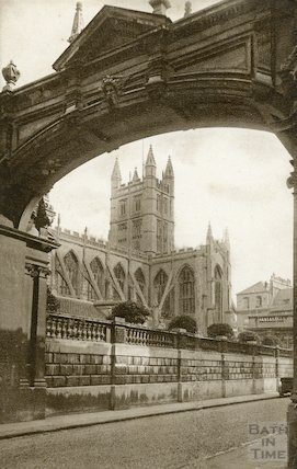 Bath Abbey from the south west (in York Street)