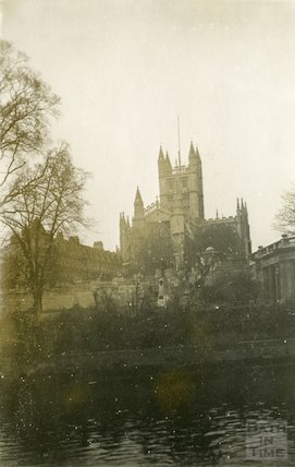 Bath Abbey from east, 23 November 1945