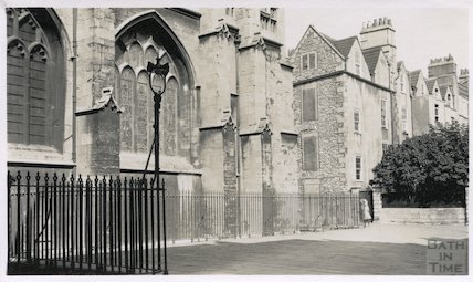 Bath Abbey Church South East corner from the Kingston Buildings, c.1920s?
