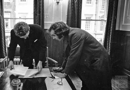Mr Michael Mollet signs the cheque to purchase No.1A Royal Crescent 12 January 1972