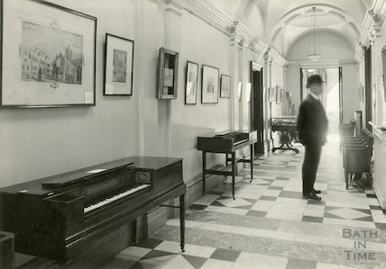 Pump Room - view in the corridor during Music Festival 1929