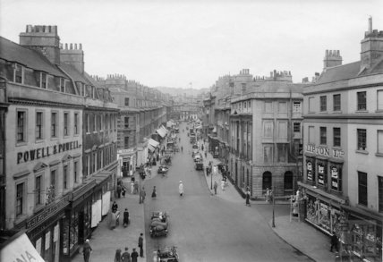 A view up Milsom Street, Bath from above New Bond Street, c.1930s
