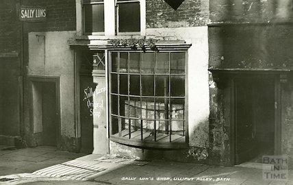 Sally Lunn's shop, Lilliput Alley, Bath, c.1930s?