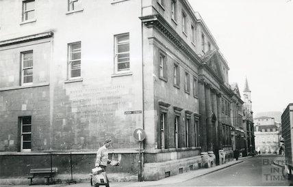 Royal Mineral Water Hospital, 1987