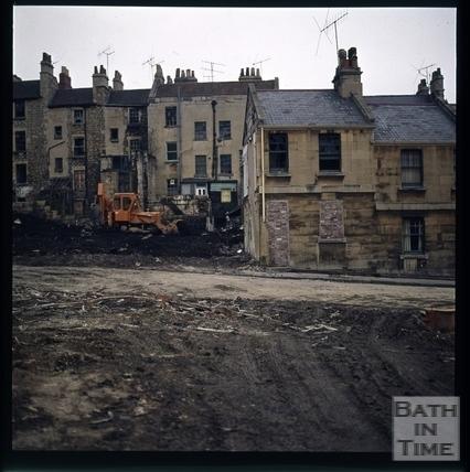 Snowdon. Rear of Lampard's Buildings, Bath 1972