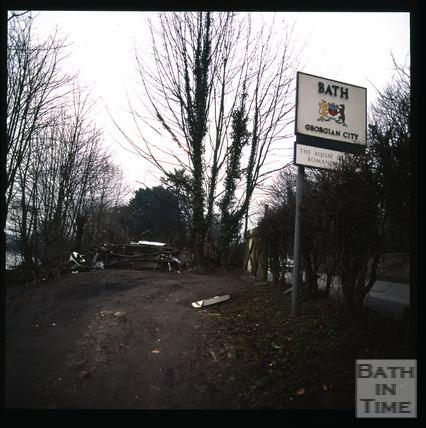 Snowdon. The gateway to Bath, Lower Bristol Road, Bath 1972