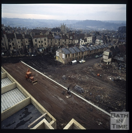 Snowdon. Looking towards Lampard's Buildings and Morford Street, Bath 1972