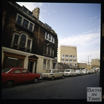 Snowdon. St. James's Parade and the Technical College, Bath 1972