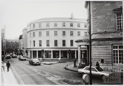 Corner of New Bond Street and Northgate Street with High Street in the background, Bath 1985