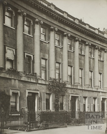 21 to 23, Royal Crescent, Bath c.1903