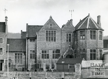 St. John's R.C. Primary School, South Parade