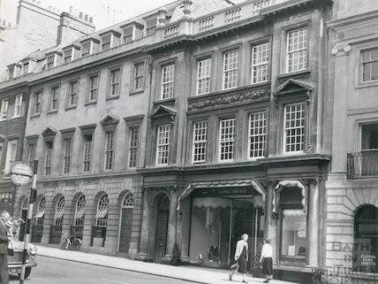 The Octagon exterior entrance, Milsom Street, Bath, c.1950