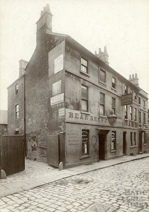The Beaufort Arms, Princes Street, Bath c.1900