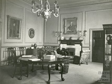 Guildhall Mayors Parlour showing Councillor Plowman seated, 1944