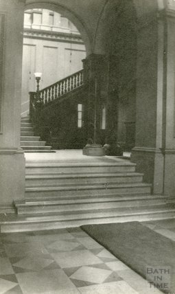 Guildhall hall and staircase, 1911