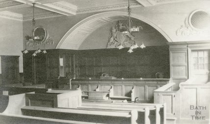 Guildhall Magistrates Court showing bench and royal areas, 1911