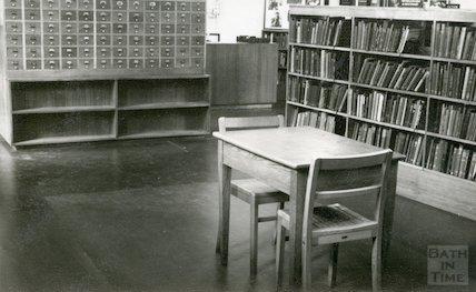 Bath Municipal Lending Library in Bridge Street before conversion, c.1964