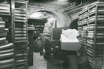 Bath Lending Library, Bridge Street - newspaper storage area in basement March, 1990 prior to move to podium