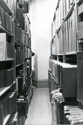 Reference Library, Queen Square - newspaper volumes and local history, local collection March, 1990 prior to move to Podium