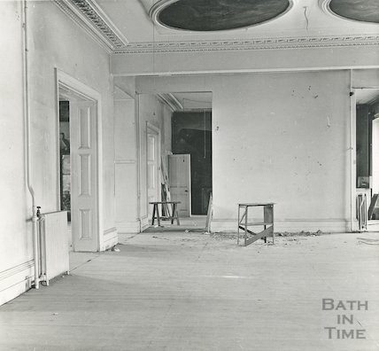 Bath Reference Library, Queen Square before conversion, 1964
