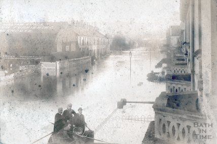 Lower Bristol Road looking east during the Great Flood, November 1894