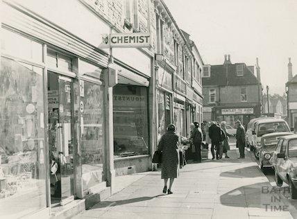 Local shops at Moorland Road, Oldfield Park, 21 November 1985