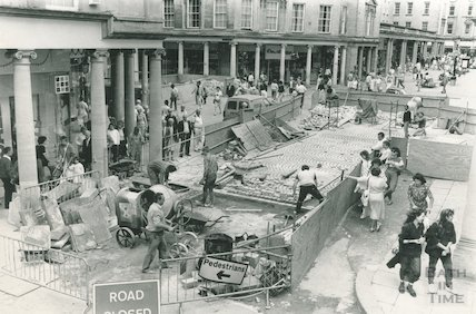 New cobbles being laid in Stall Street, Bath, 12 February 1985