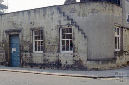 Shrapnel damage, od Labour Exchange, James Street West, April 1992