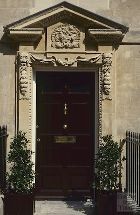 2 Queen Square doorway, August 1992