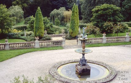 Widcombe Manor fountain, Bath, September 1992