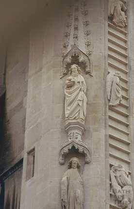 New carving by Laurence Tyndall, Bath Abbey, July 1993