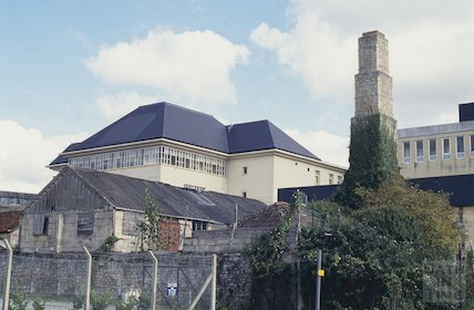 Derelict buildings and chimney, next to T Davis, Milk Street, October 1993