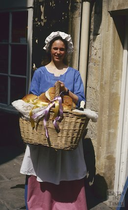 Sally Lunn's, bread girl, June 1994