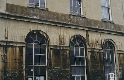 Faded lettering on the Hetling Pump Room, June 1994