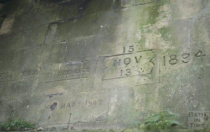 Flood marks, Halfpenny Bridge, Widcombe, October 1994