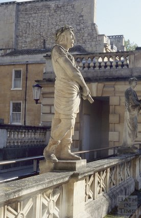 Replaced centurion statue by L. Tyndall, Roman Baths, November 1994