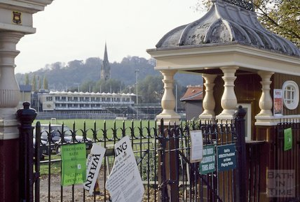 Turnstile, Bath Recreation Ground, November 1994