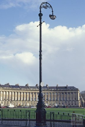 Converted gas lamp, Royal Crescent, December 1994