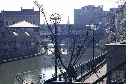 Rear of Pulteney Bridge, April 1995