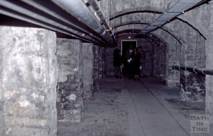 The vaults below Green Park Station, June 1995