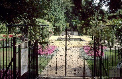 Henrietta Park memorial gardens, Bathwick, July 1995