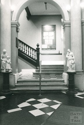 Lending Library, Bridge Street Entrance Hall, March 1990
