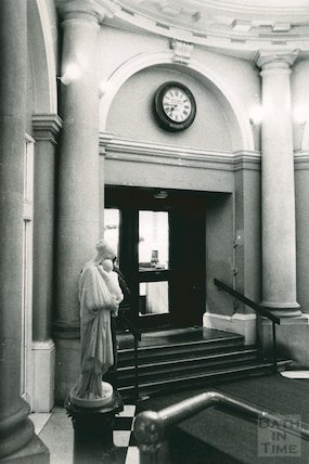 Lending Library, Bridge Street Entrance Hall, March 1990