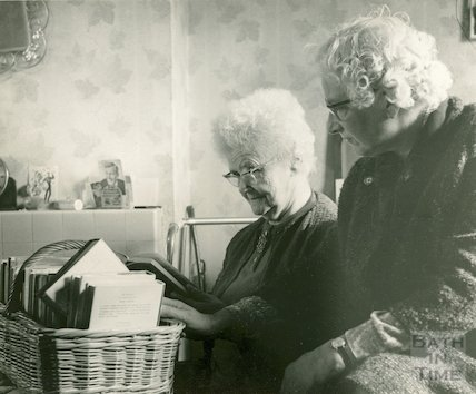 Housebound Library Service in action, 1970