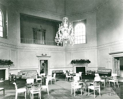 Assembly Rooms, large Octagon Room before restoration, c.1930